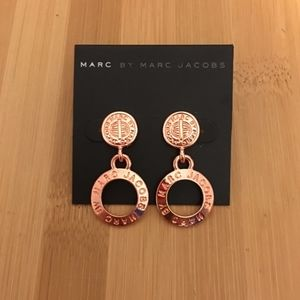 NWT Logo Marc Jacobs Earring Set Rose Gold Tone
